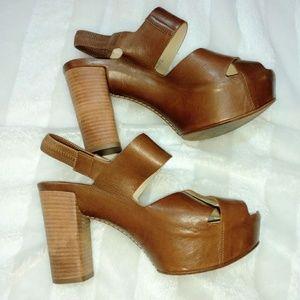 Attilio Giusti Leombruni Chunky Leather Sandal 8.5